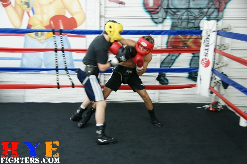 Vic Darchinyan Sparring with Azat Hovhanisyan