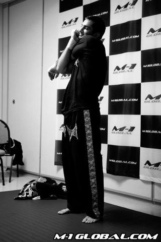 mousasi_sokoudjou_fight_002