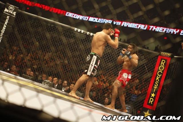 mousasi_sokoudjou_fight_007