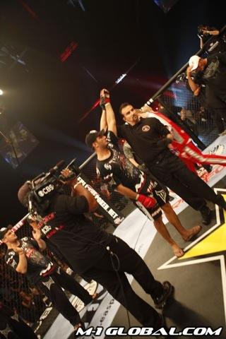 mousasi_sokoudjou_fight_014