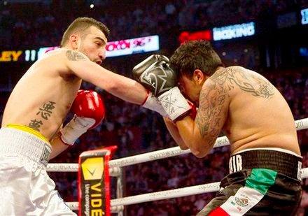 HyeFighter Vanes Martirosyan Wins Via KO in Montreal